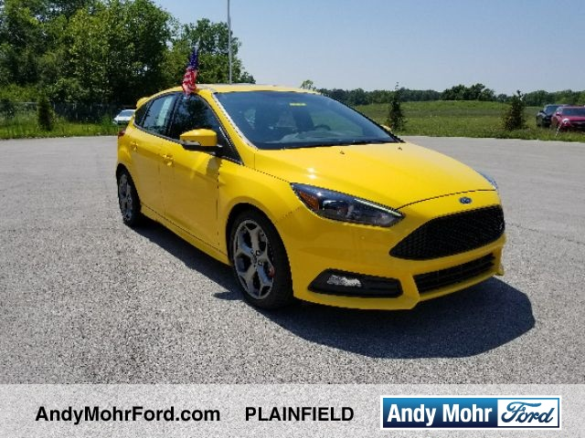 new 2017 ford focus st 4d hatchback near indianapolis c17445 andy mohr ford. Black Bedroom Furniture Sets. Home Design Ideas